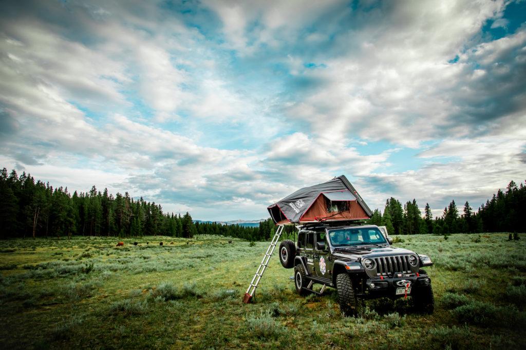 Jeep camping at Cottonwood Pass